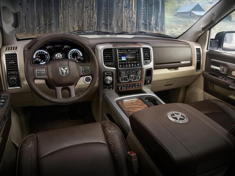 Интерьер Dodge Ram 1500 Texas Ranger