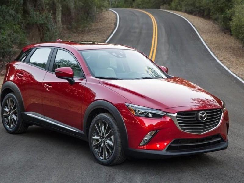 Внешний вид кроссовера Mazda CX-3 2015