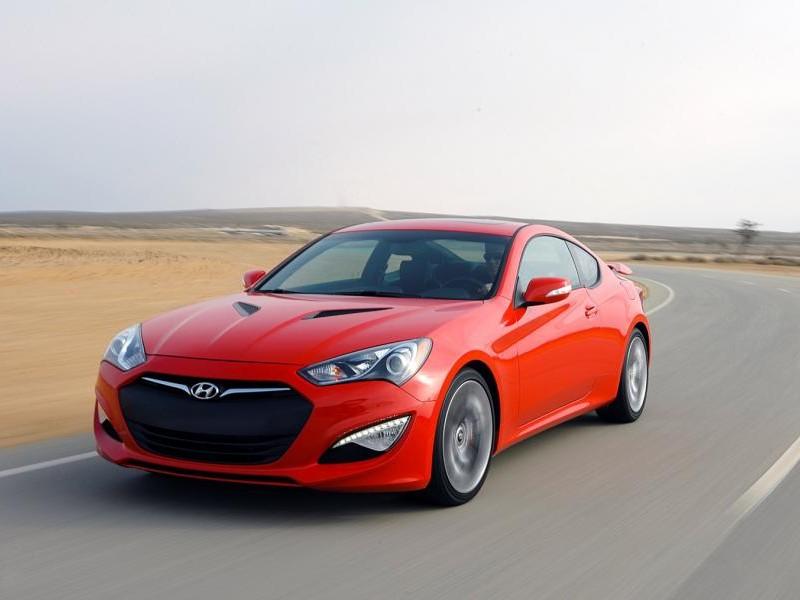 Hyundai Genesis Coupe 2015 на трассе