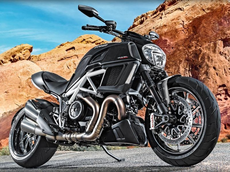 Мотоцикл Ducati Diavel 2015