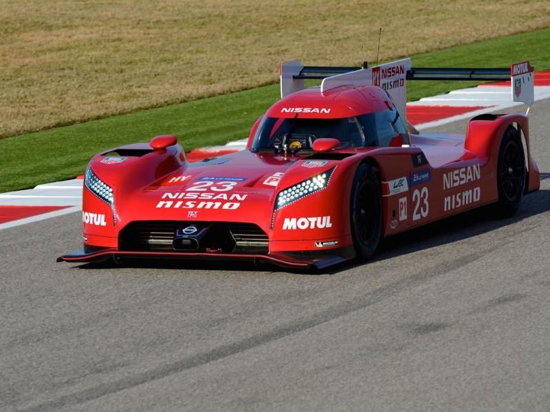 Nissan GT-R LM Nismo на треке