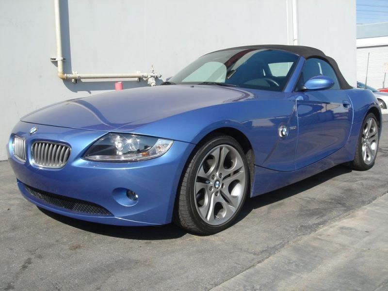 Кабриолет BMW Z4 Estoril Blue 2016