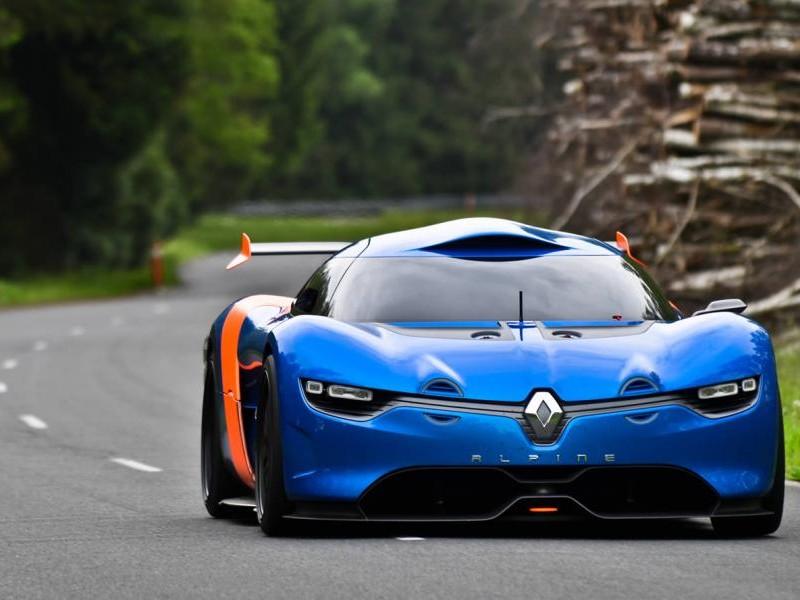 Renault Alpine 2016 вид спереди