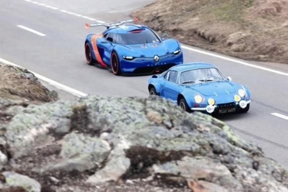 Renault Alpine 2016 на трассе