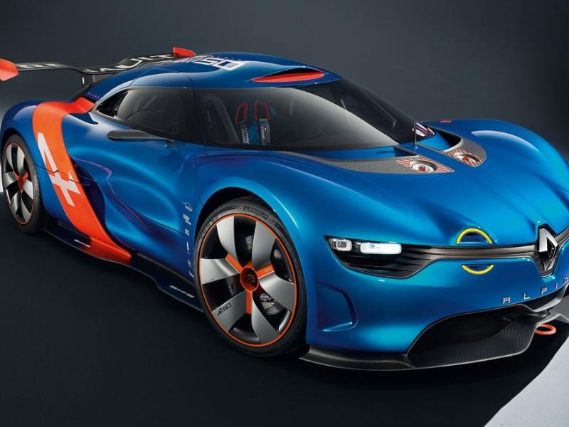 Синий суперкар Renault Alpine 2016