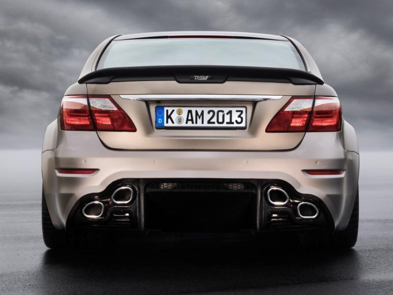 Lexus LS 2015 вид сзади