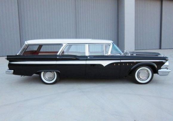 Черный Edsel Villager Wagon 1959 вид сбоку