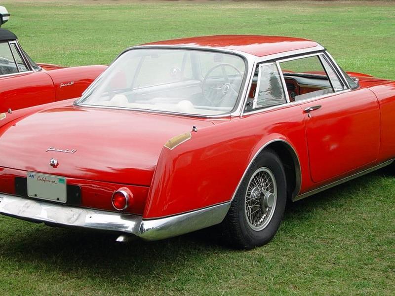 Красный купе Facel-Vega II