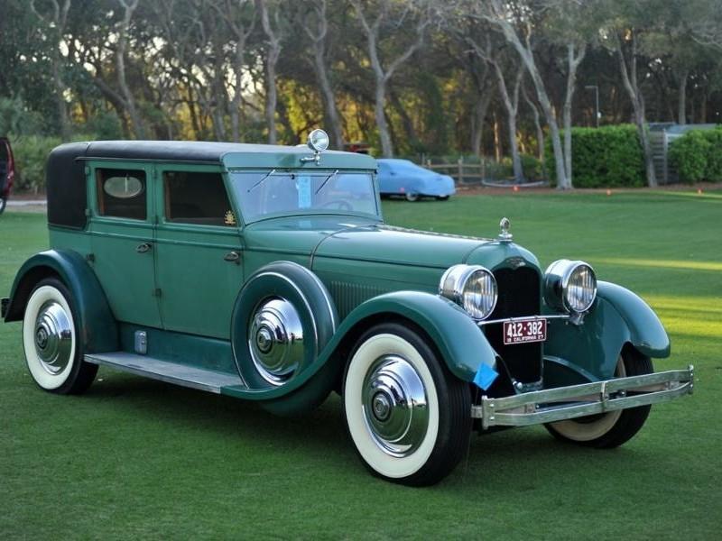 Зеленый Duesenberg Model X