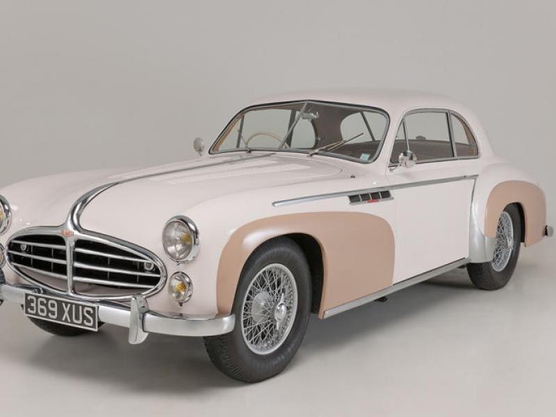 Бежевый Delahaye 235MS Coupe 1953