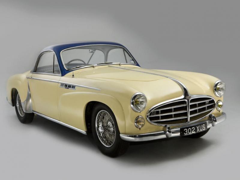 Бежевый купе Delahaye 235MS Coupe 1953