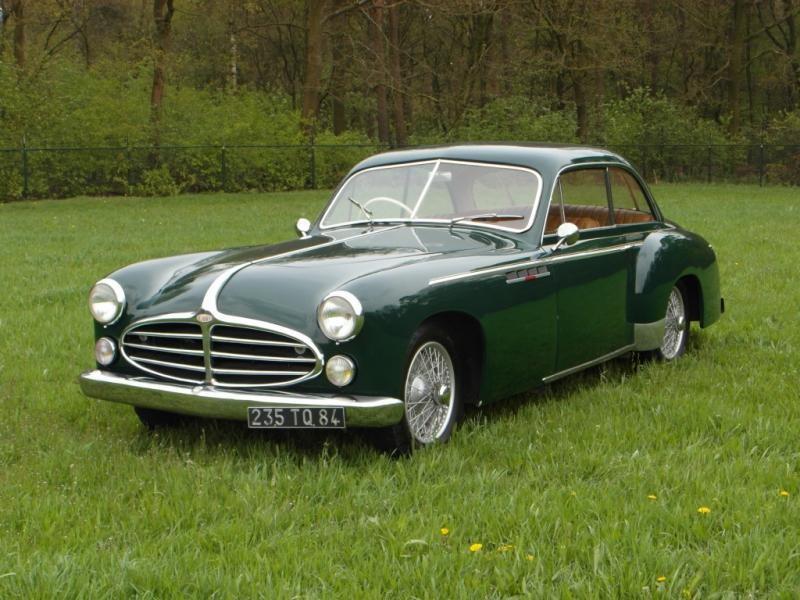 Зеленый Delahaye 235MS Coupe 1953
