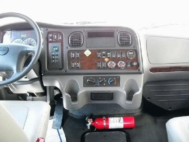 Руль, приборная панель Freightliner M2 Business Class