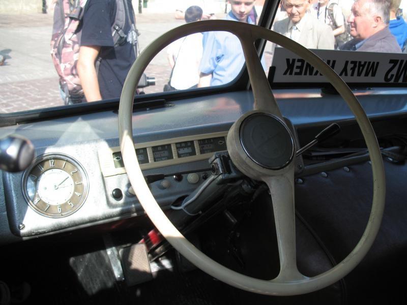 Руль, приборная панель Nysa N59M