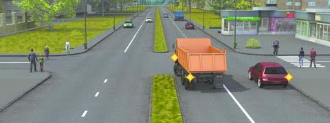Кто из водителей должен уступить дорогу пешеходам
