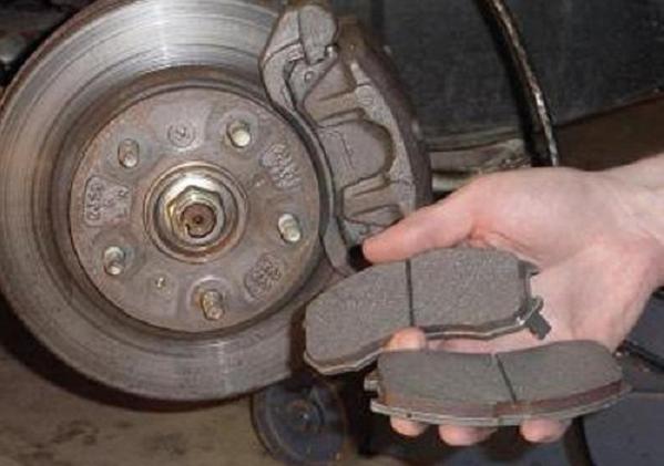 Разршено ли упралять автомобилем с неиспавной электрикой