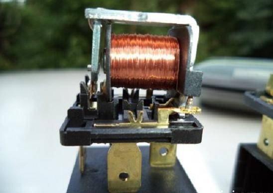 электромагнит с якорем