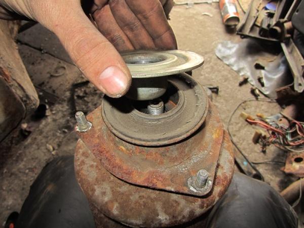 Откуда стук в рулевой рейке Лада Калина: фото, видео, причины