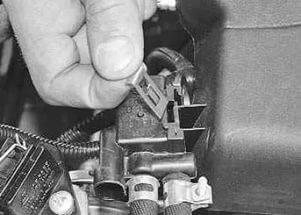 169 4 - Электромагнитный клапан продувки адсорбера приора