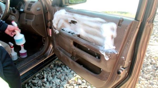 чистка салона авто
