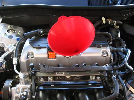 меняем масло в двигателе