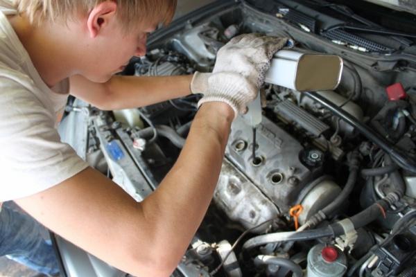 Как и чем правильно сделать раскоксовку двигателя