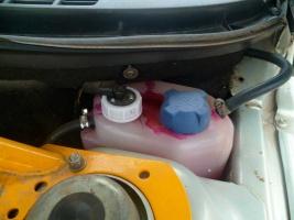радиаторы укомплектованы пластиковыми бачками
