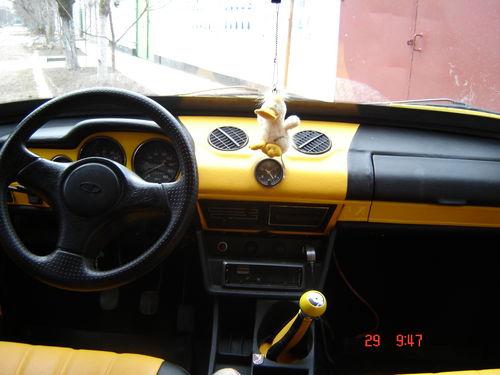 Фото кожанной передней панели в ВАЗ 2101