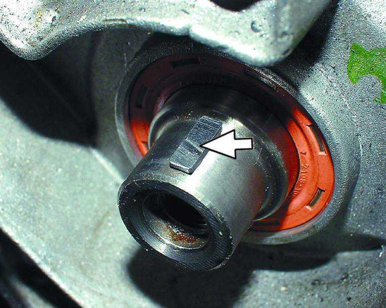 Фото №23 - какая резьба на шкиве коленвала ВАЗ 2110