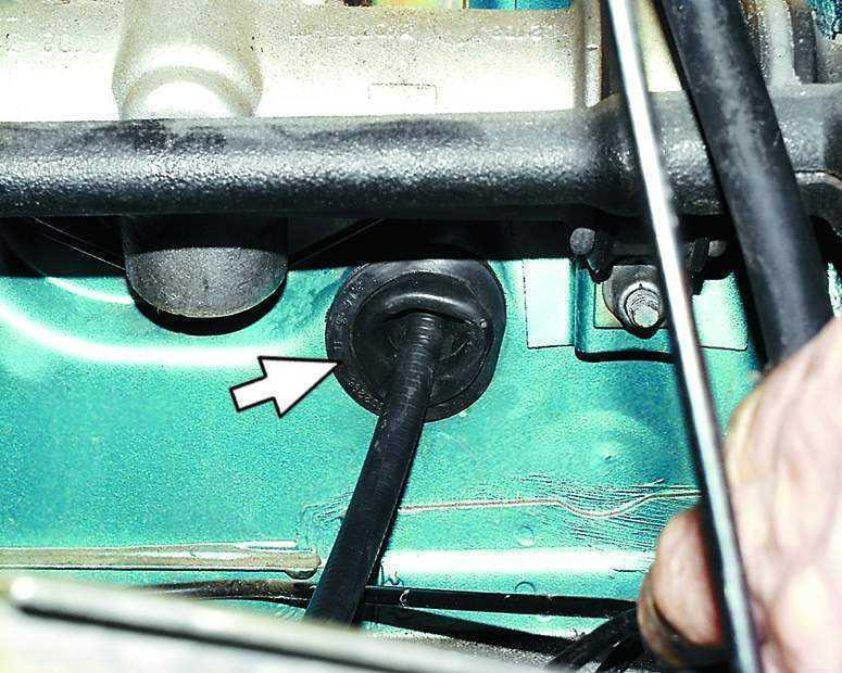 Фото №11 - как смазать тросик сцепления ВАЗ 2110