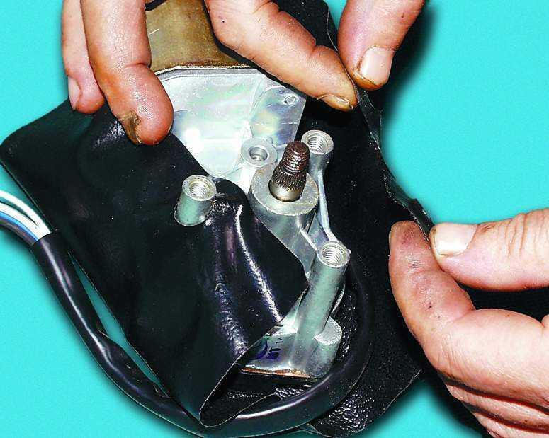 Фото №8 - как поменять трапецию стеклоочистителя ВАЗ 2110