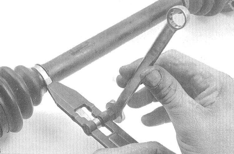 Приспособление для затяжки ленточных хомутов своими руками