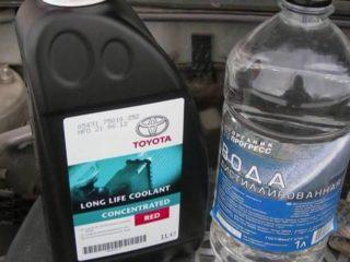 Допустимо ли разводить антифриз дистиллированной водой