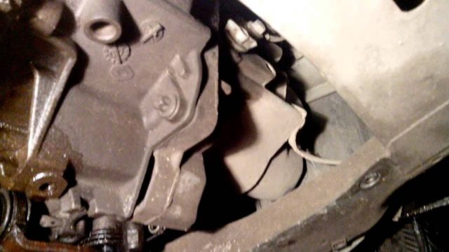 Замена масла в МКПП на Golf 4 — Volkswagen Golf, 1.4 л., 1999 года на DRIVE2