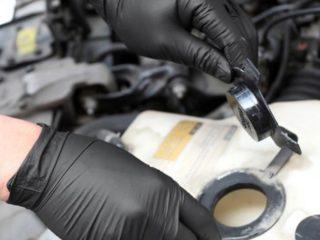 Какие перчатки выбрать для обслуживания автомобиля