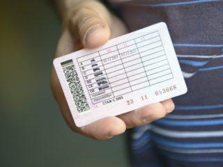 Некоторым автомобилистам могут вернуть права в связи с эпидемией