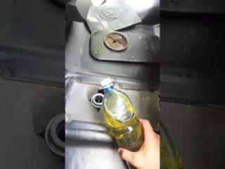 Сколько масла входит и какое заливается в КПП Газели