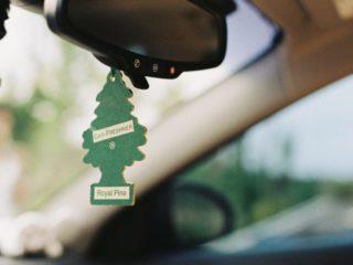 Почему Европа отказывается от автомобильных ароматизаторов