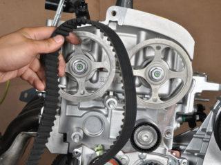 Как поменять ремень ГРМ на Ford Focus II (Форд Фокус 2)
