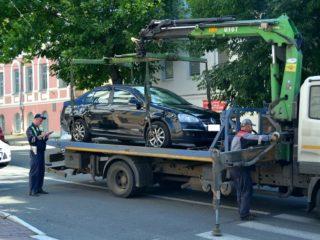 Возможно ли остановить процесс эвакуации авто
