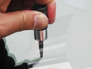 Чем лучше ремонтировать сколы на лобовом стекле