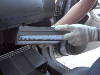 Замена фильтра салона на Hyundai Solaris (Хендай Солярис) своими руками