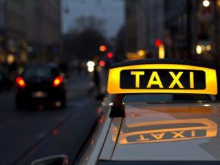 Пользоваться услугами такси, становится всё опаснее