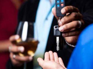 Что будет, если нетрезвый хозяин авто, посадит за руль человека без прав