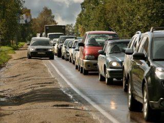 Езда по обочине: что грозит водителю