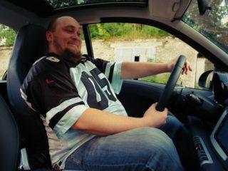 Пассажир сзади накинул удавку на водителя: как поступить в подобной ситуации